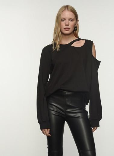 People By Fabrika People By Fabrika Yaka Detaylı Kadın Sweatshirt Siyah